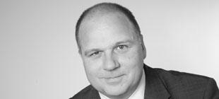 Dr. Martin Paringer